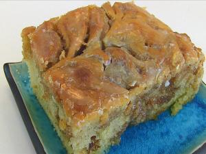 Bettys Cinnamon Swirl Cake Easter