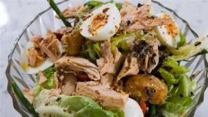 Salad Nicoise Recipe 1005835 By Videojug
