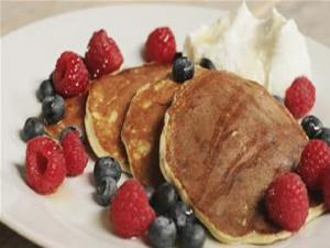 Protein And Berry Pancakes