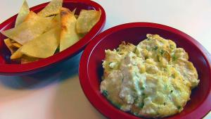 Bettys Hot Crab Dip And Wonton Chips 1015570 By Bettyskitchen