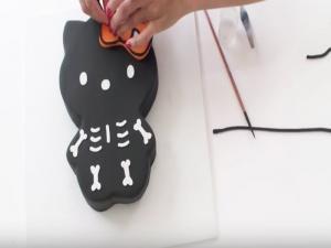 Halloween Cake Kitty Skeleton