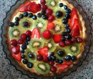 Fruit Tart With Pasta Cream