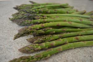 How To Grill Lemon Zest Asparagus With Verjus 1016171 By Cookingwithkimberly