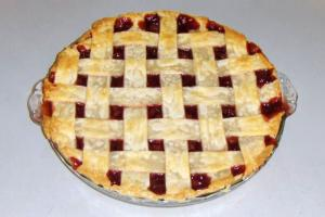 Cherry Criss Cross Pie