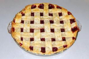 Cherry Criss Cross Pie