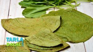 Spinach Dosa Pregnancy Recipe 1017242 By Tarladalal