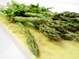 Fresh Asparagus Vinaigrette