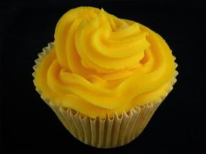 Easy Yellow Cupcakes