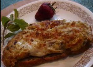 Khakhara with egg-salad