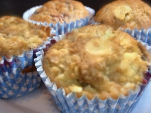 Sunflower Raisin Muffins
