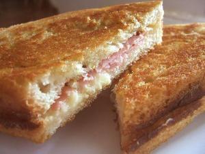Ham n' Egg Sandwiches