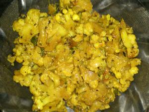 Cauliflower Mozhu Fry