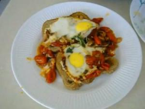 Solar Cooked Tomato Chilly Eggs