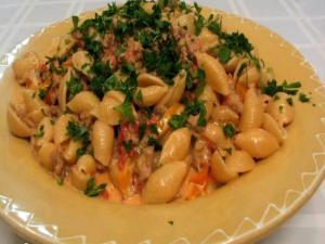 Lynn's Cheesy Sausage Pasta