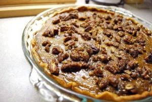 Quick Raisin Pudding Pie