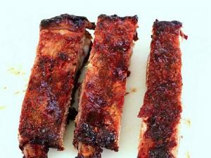 Pompeian Barbecued Spareribs