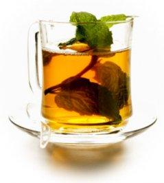 Use mint tea for acne treatment