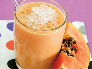 Papaya Melon Smoothie by Tarla Dalal