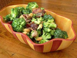 Easy Broccoli And Bacon Salad