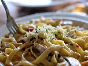 Linguine With Pumpkin Pork Sauce
