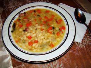 Bean Soup (Fassouktha)