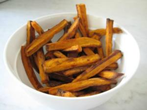 """Shake It Up"" Sweet Potato Fries for Toddlers"