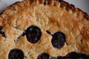 Blackberry Buckle Cake