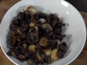 Wegmans Roasted Savory Mushrooms and Onions