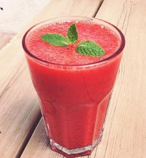 Strawberry Orange Shake