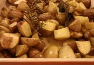 Garlic Roast Potatoes With Rosemary And Sage