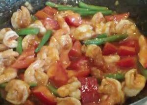Sweet and Spicy Schezuan Prawns