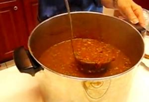 Betty's Family Favorite Chili with Bean
