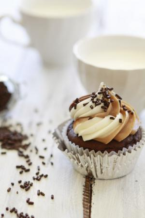 Chocolate Cupcakes with Nutella, Almond Butter and Vanilla Cream Cheese Frosting