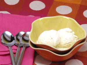 VANILLA SOFT SERVE ICE CREAM – NO ICE CREAM MAKER NEEDED