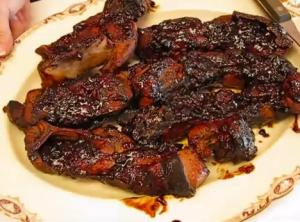 Barbecued Country Style Ribs with Bone