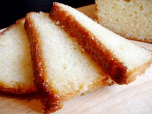 Golden Brown Lemon Cake