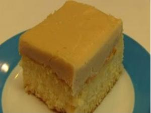 Betty's Salted Caramel Frosting for White Sheet Cake -- Valentine's Day! ♥
