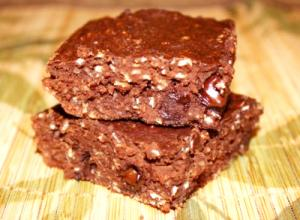 Triple Chocolate Protein Brownies