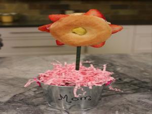 Mini Bagel Fruit Flowers