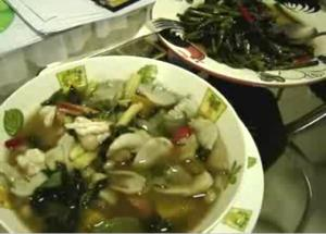 Vegetable Soup and stir fried morning glory