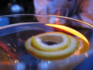 Learn these useful Lemon Martini Garnishing tips and serve exotic lemon martini.