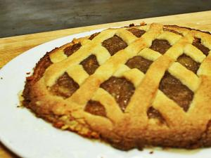 Italian Apple Pie with Andrea Volpini (EnjoyDifferentTaste)