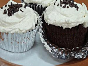 Moist Chocolate Cupcakes with Vanilla Frosting