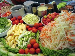 Papaya Salad & Laotian Chicken
