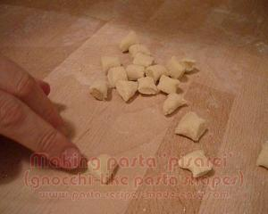 How to Make Pasta Pisrei at Home
