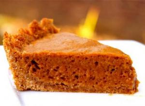Easy Chiffon Pumpkin Pie