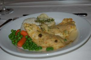 Grilled Chicken Breasts With Wine Sauce