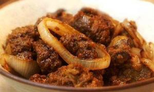 Fried Liver With Onion Sauce