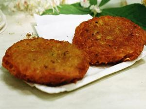 Chanterelle Risotto Cakes
