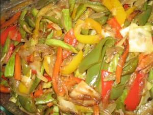 Chinese Stir Fry Dish- خضار مقليه على الطريقه الصينيه